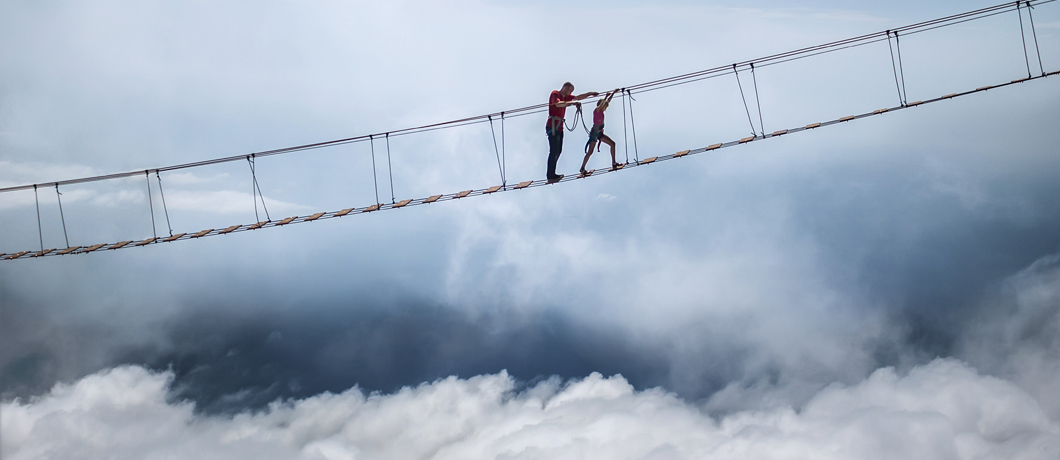 NFV tried to bring the network to the cloud. Now, it's time to bring the cloud to the network.